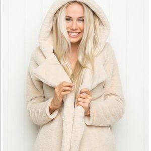 Brandy Melville Sandra Fur Coat Jacket